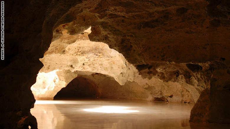 151006071502-dominican-republic-beauty--cueva-de-las-maravillas-super-169