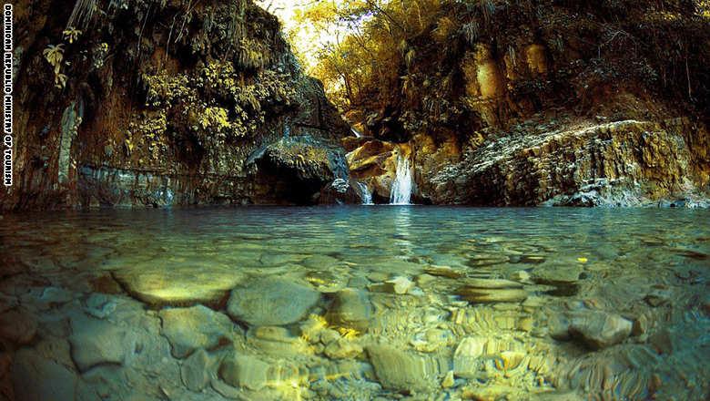 151006071838-dominican-republic-beauty--puerto-plata-damajagua-super-169